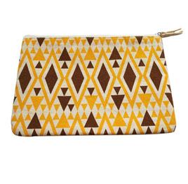 https://www.newwaybag.com/wp-content/uploads/2019/06/cloth-zipper-pouch-manufacturer-wholesale.jpg